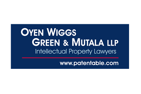 Fitted Oyen Wiggs Green & Mutala